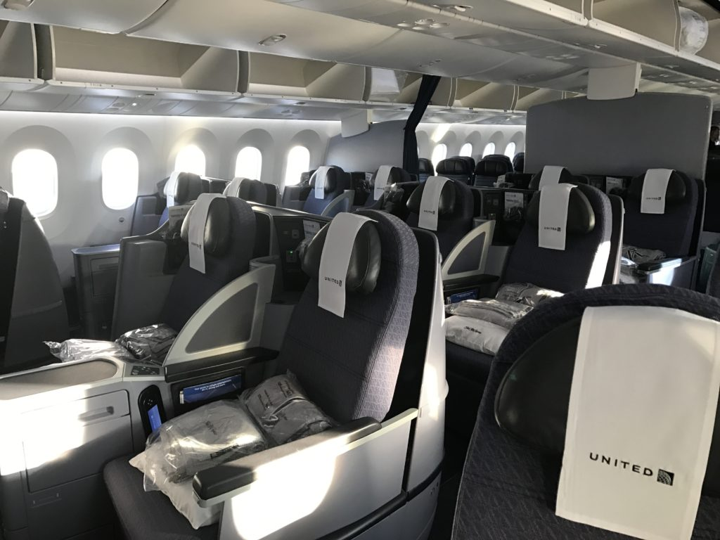 United Polaris Cabin - UA 99 - Melbourne to Los Angeles