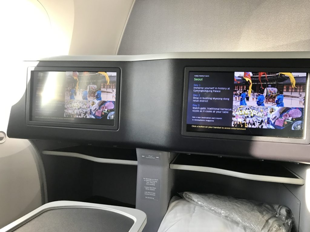 United Polaris In-Flight Entertainment Row 6